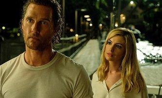 Serenity: Dvojice McConaughey & Hathaway kuje smrtelné pikle | Fandíme filmu