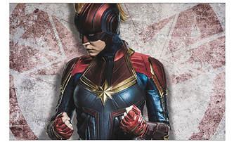 Captain Marvel: Nové obrázky s hrdinkou v klasické helmě | Fandíme filmu