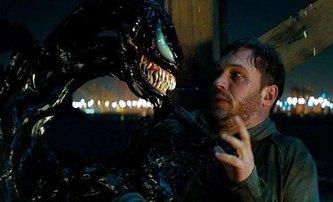 Venom: DVD trailer film prezentuje jako romantickou komedii | Fandíme filmu