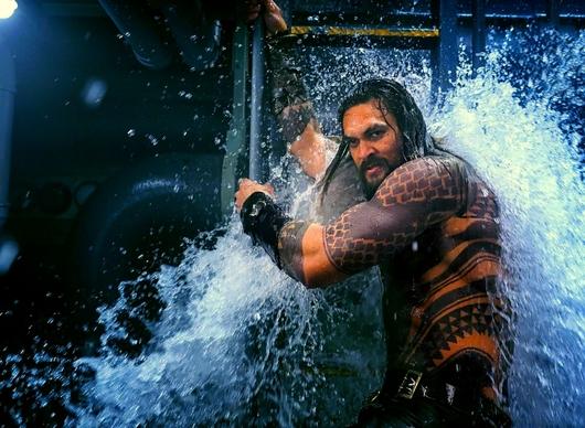 Naše první dojmy: Aquaman baví, baví a zase baví   Fandíme filmu