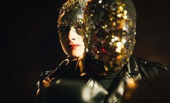 Vox Lux: Popová hvězda Natalie Portman zůstává ve stínu Lady Gaga | Fandíme filmu