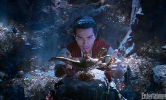 Aladin: Nové fotky přinášejí první pohled na Smithe v roli džina | Fandíme filmu