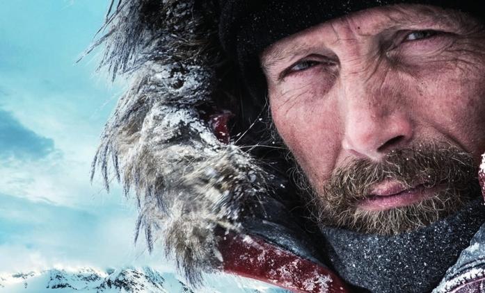Arctic: Mads Mikkelsen bojuje o přežití v ledové pustině v prvním traileru | Fandíme filmu