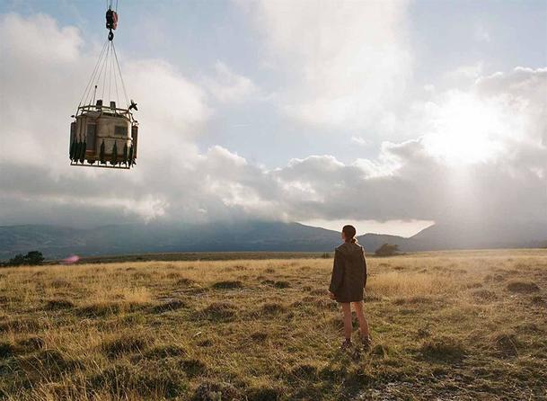 Recenze: Io  - Postapokalyptickou sci-fi táhne dolů ospalé filosofování | Fandíme filmu