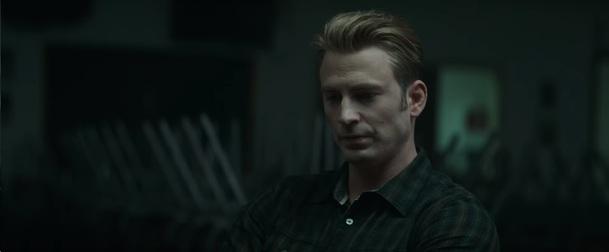 Avengers: Endgame - Režiséři slibují, že Captain Marvel nebude přehnaně mocná | Fandíme filmu