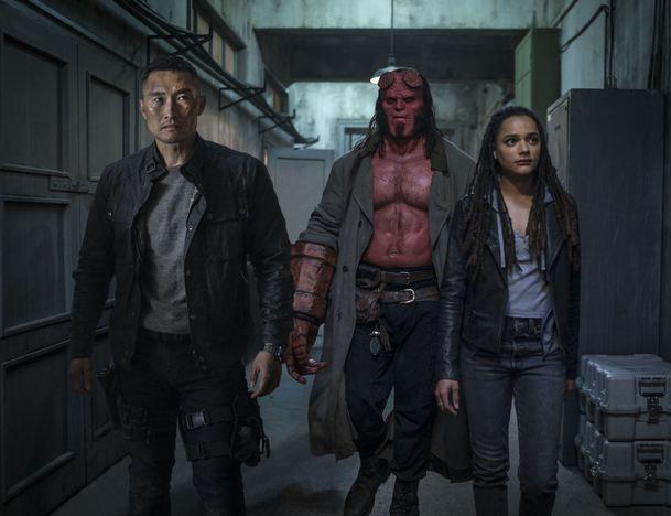 Hellboy: Seznamte se s Krvavou královnou v podání Milly Jovovich   Fandíme filmu