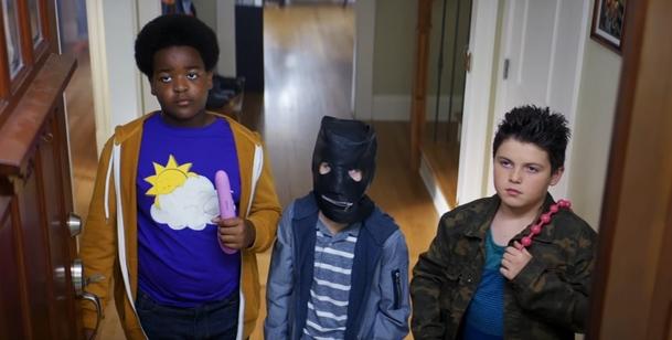 Hodný kluci: Potenciální komedie léta v prvním traileru aneb Superbad ze základky   Fandíme filmu