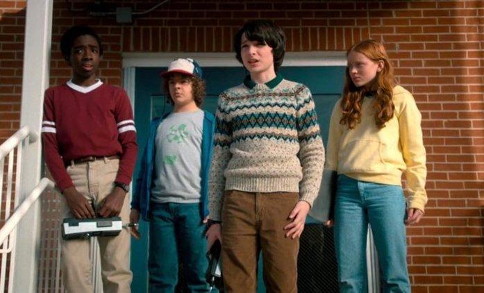 Stranger Things 3: Představitelka Max připravuje diváky na milostné eskapády | Fandíme seriálům