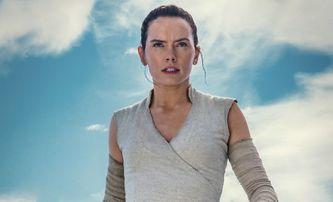 Star Wars IX: Lucasfilm promítal první záběry z filmu. Víme, co ukazovaly. | Fandíme filmu