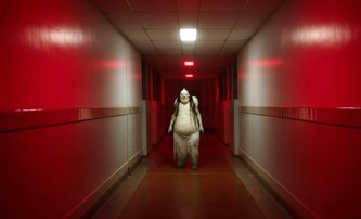 Scary Stories to Tell in the Dark: Horor z pera Guillerma del Tora děsí novým trailerem | Fandíme filmu