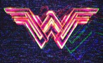 Wonder Woman 1984: Gal Gadot na nové fotografii | Fandíme filmu