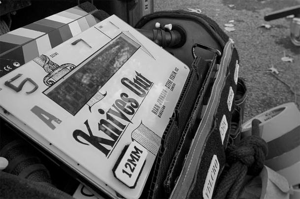 Knives Out se představily na Cinema Conu. Po nich se Johnson vrátí ke Star Wars | Fandíme filmu