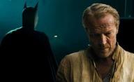 Titans: Bloňdatý Bruce Wayne v prvním videu | Fandíme filmu