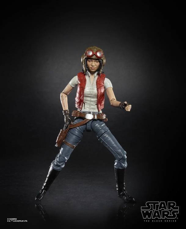 Star Wars: The Rise of Skywalker: Abrams scénář konzultoval s Lucasem, Kasdanem i Johnsonem. Konec filmu se měnil   Fandíme filmu