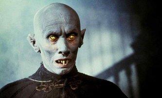 Prokletí Salemu: James Wan vezme pod svá křídla Kingův příběh o upírech | Fandíme filmu