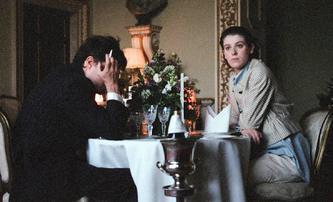 The Souvenir:  Romantická perla ze Sundance s Tildou Swinton v prvním traileru | Fandíme filmu