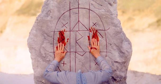 Midsommar: Nový okultní horor nás ve druhém traileru dokáže znepokojit i za bílého dne   Fandíme filmu