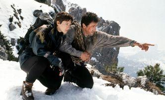 Cliffhanger: Horolezeckou akci se Stallonem čeká ženský remake | Fandíme filmu