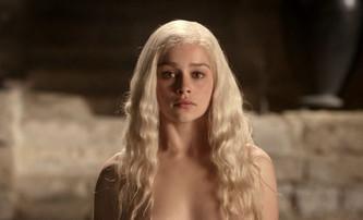 Emilia Clarke vysvětlila, proč odmítla roli v Padesáti odstínech šedi | Fandíme filmu