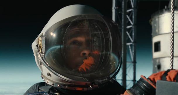Ad Astra: Brad Pitt a Tommy Lee Jones v prvním traileru na vesmírnou sci-fi   Fandíme filmu