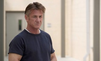 Flag Day: Sean Penn nám přinese pořádně temné drama, ve kterém si zahraje i Josh Brolin | Fandíme filmu