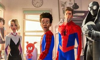 Spider-Man: Paralelní světy: Ve filmu se měli objevit všichni tři představitelé hraných Spider-Manů | Fandíme filmu