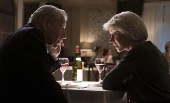 "Dokonalá lež: Ian ""Gandalf"" McKellen balamutí Hellen Mirren, mrkněte na trailer | Fandíme filmu"