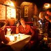 QT8: Tarantino neváhá pro dobrý záběr zpít herce do němoty, aneb ukázky představují dokument o režisérském divochovi | Fandíme filmu