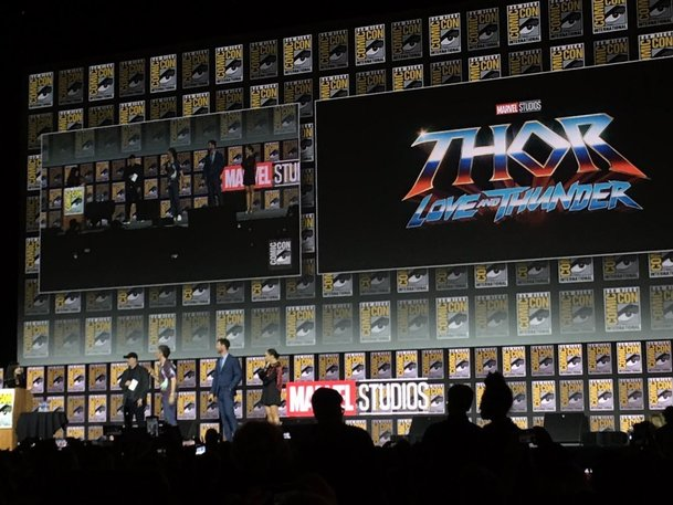 Thor Love and Thunder: Příštím Thorem bude žena, aneb co odhalil Comic-Con   Fandíme filmu