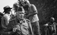 Český film slaví úspěch: Nabarvené ptáče se probojovalo na festival do Benátek i Toronta | Fandíme filmu