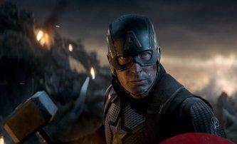Avengers: Endgame: Koukněte na vystřiženou scénu pocty padlému hrdinovi | Fandíme filmu