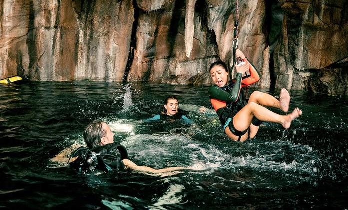 47 Meters Down: Uncaged: Klaustrofobie se žraloky v novém traileru | Fandíme filmu