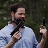 Lov: Kontroverzní film po střeleckých neštěstích zrušil premiéru, k tématu se vyjádřil i Donald Trump | Fandíme filmu