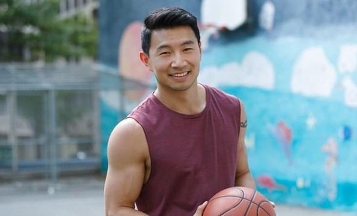 Shang-Chi: Podle čínských fanoušků není herec v hlavní roli dost hezký | Fandíme filmu