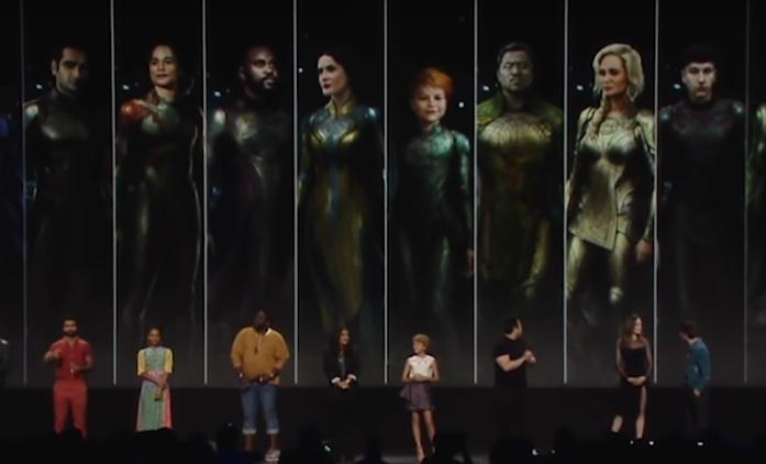 The Eternals budou dosud nejvíc sci-fi film od Marvelu. Je tu první plakát   Fandíme filmu