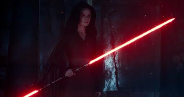 Star Wars IX: Nová upoutávka vám ukáže dvojitý meč  Rey a ještě víc   Fandíme filmu