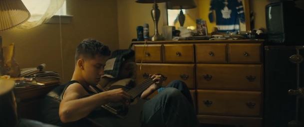 Semper Fi: Ostrý polda Jai Courtney vytáhne bráchu z basy - koukněte na trailer | Fandíme filmu