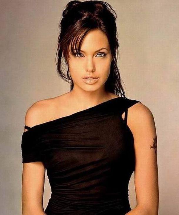 Angelina Jolie   Fandíme filmu