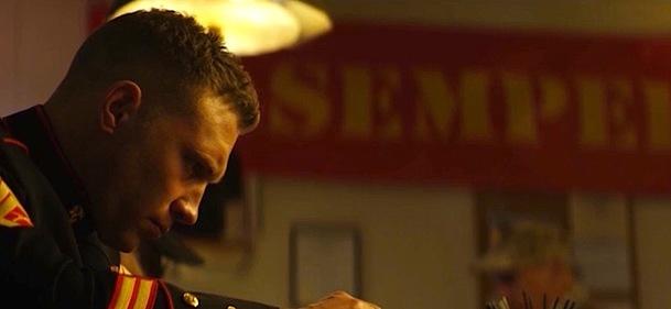 Semper Fi: Ostrý polda Jai Courtney vytáhne bráchu z basy - koukněte na trailer   Fandíme filmu