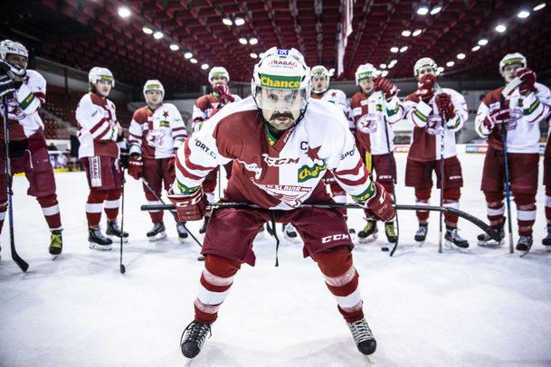 Lajna 2: Série ukázek představuje nové hokejové postavy | Fandíme serialům