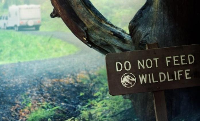 Jurský svět: Nový krátký film ukáže střet dinosaurů s člověkem na pevnině | Fandíme filmu