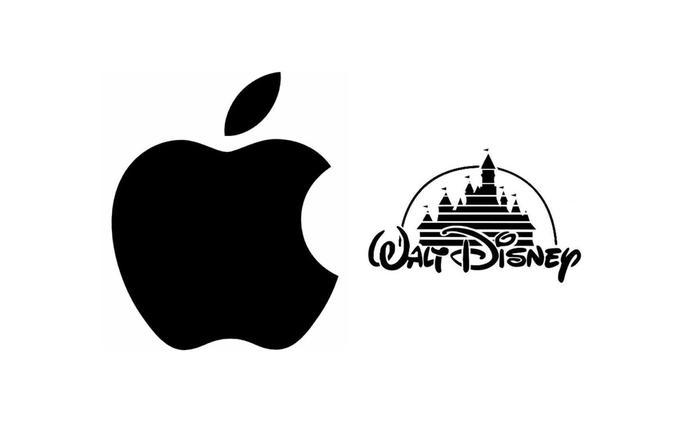 Kdyby byl Steve Jobs živ, Apple a Disney se mohli spojit v jednu mega korporaci | Fandíme filmu