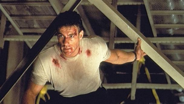 Náhlá smrt: Hokejový thriller s Van Dammem čeká remake | Fandíme filmu