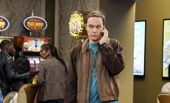 """Hollywood: Jim """"Sheldon"""" Parsons míří do dobové série od Ryana Murphyho   Fandíme filmu"""