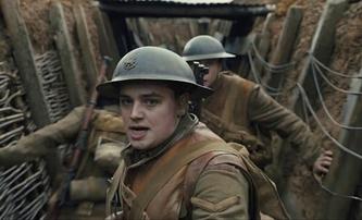 1917: Nový trailer na válečný film, kde dva vojáci musejí závodit s časem, aby se nestal masakr tisíců vojáků | Fandíme filmu