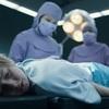 Eli: Nový film režiséra Sinistera 2 nás vezme na lékařskou kliniku, kde chlapec místo léčby zažije hrůzu | Fandíme filmu