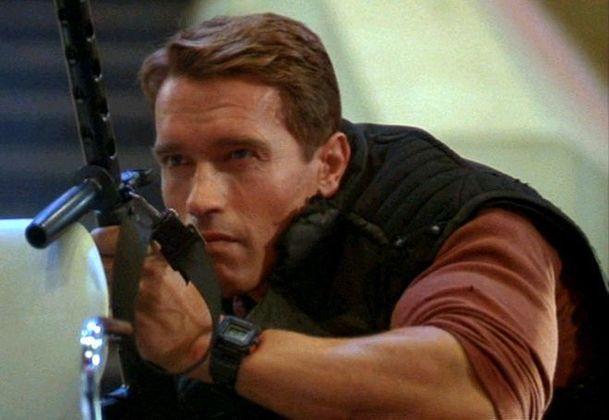 Bežící muž: Remake klasiky s Arnoldem Schwarzeneggerem je údajně na cestě   Fandíme filmu