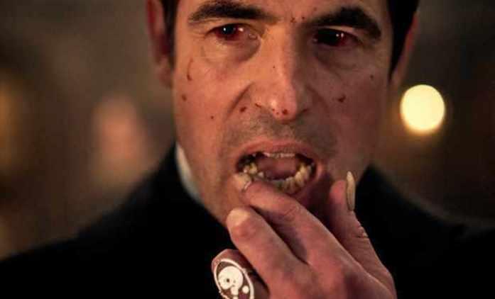 Dracula: Teaser na seriál od tvůrců Sherlocka ukazuje, že hororová atmosféra hraje prim   Fandíme seriálům