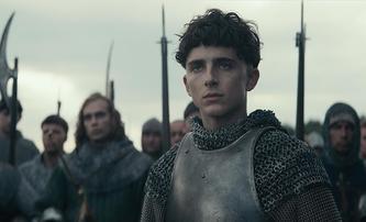 The King: Timothée Chalamet v roli anglického krále se ukazuje ve finálním traileru | Fandíme filmu