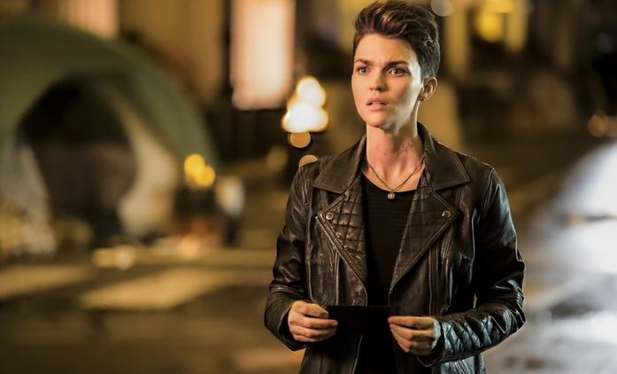 Batwoman po první sérii mění představitelku hlavní role | Fandíme seriálům
